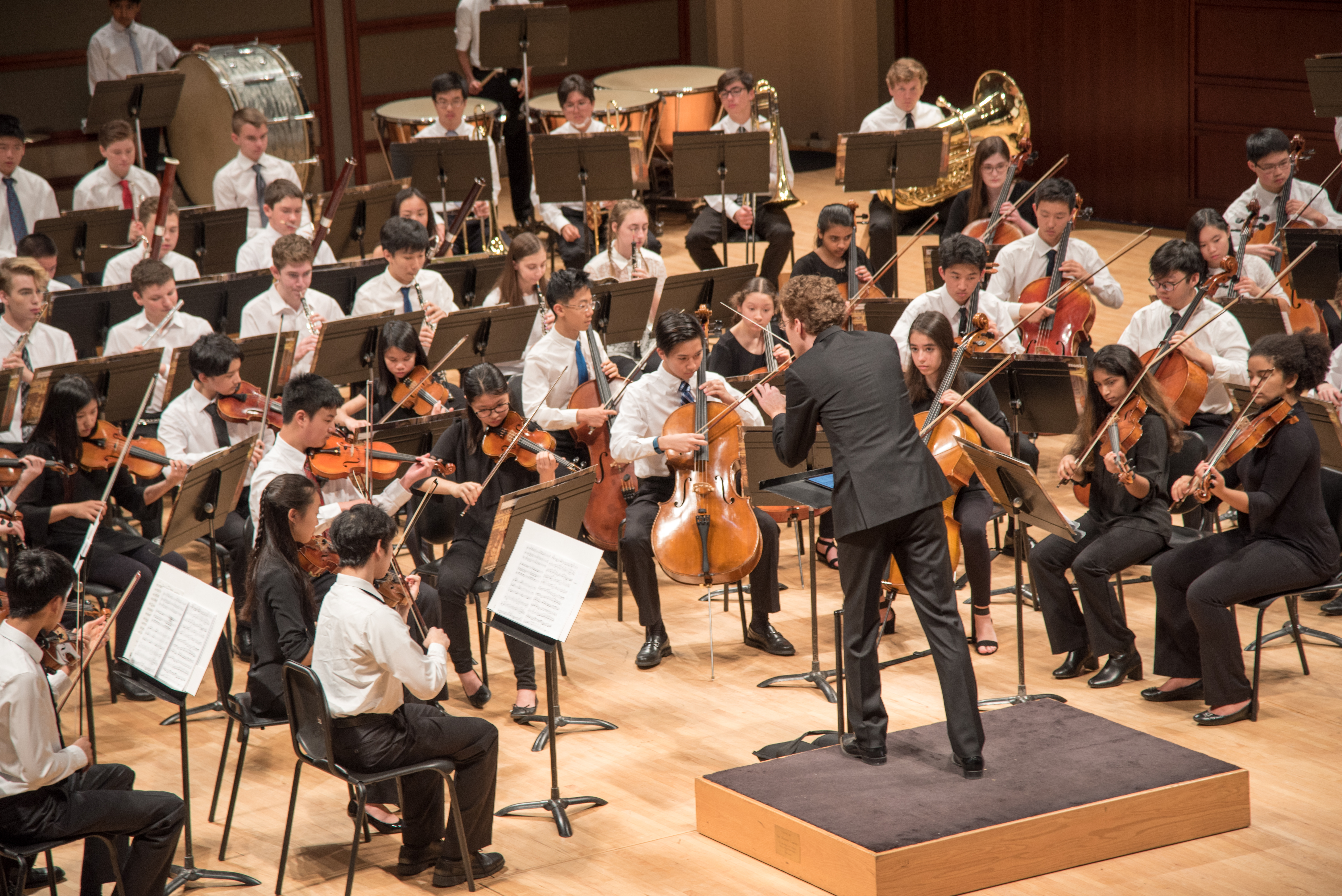 David Glover conducts the Triangle Youth Philharmonic
